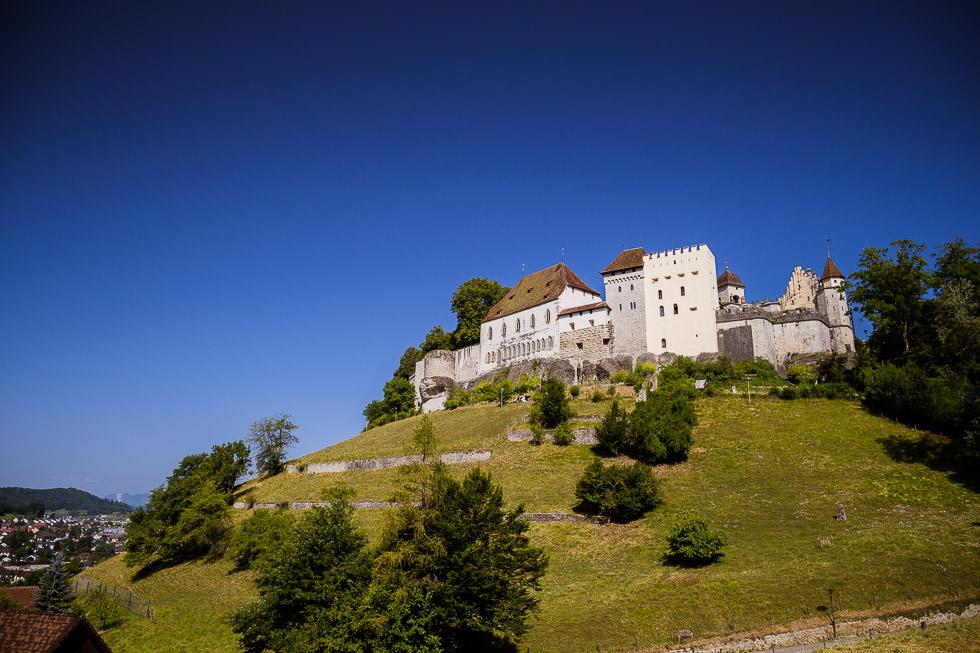 Zeremonielle Hochzeit & After Wedding Fotoshooting auf Schloss Lenzburg