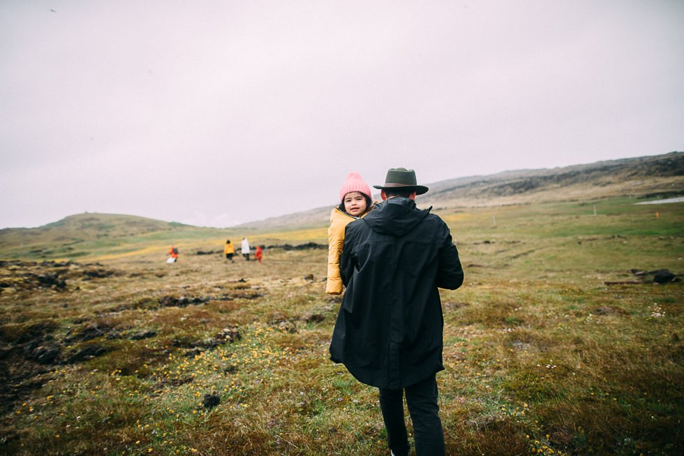 Familienfotoshooting in Island - familyphotoshoot in iceland - projectphoto.ch