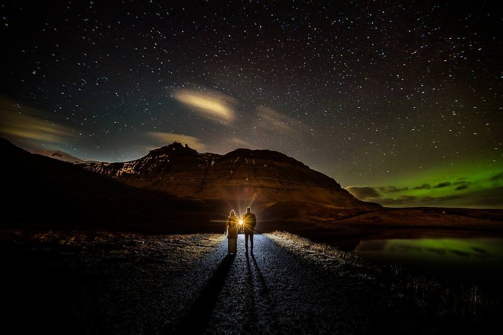 Iceland. Nordlichter, Best of wedding photography 2018 projectphoto, Island, Nothern lights. Elopement, Elopement in iceland, Icelandelopementweddings, Icelandwedding, Icelandweddingphotographer, Grundarfjödur, Kirkjufell, Winter Elopement in Iceland, projectphoto, projectphoto.ch, projectphoto iceland, projectphoto Vanessa & Stephan Winter